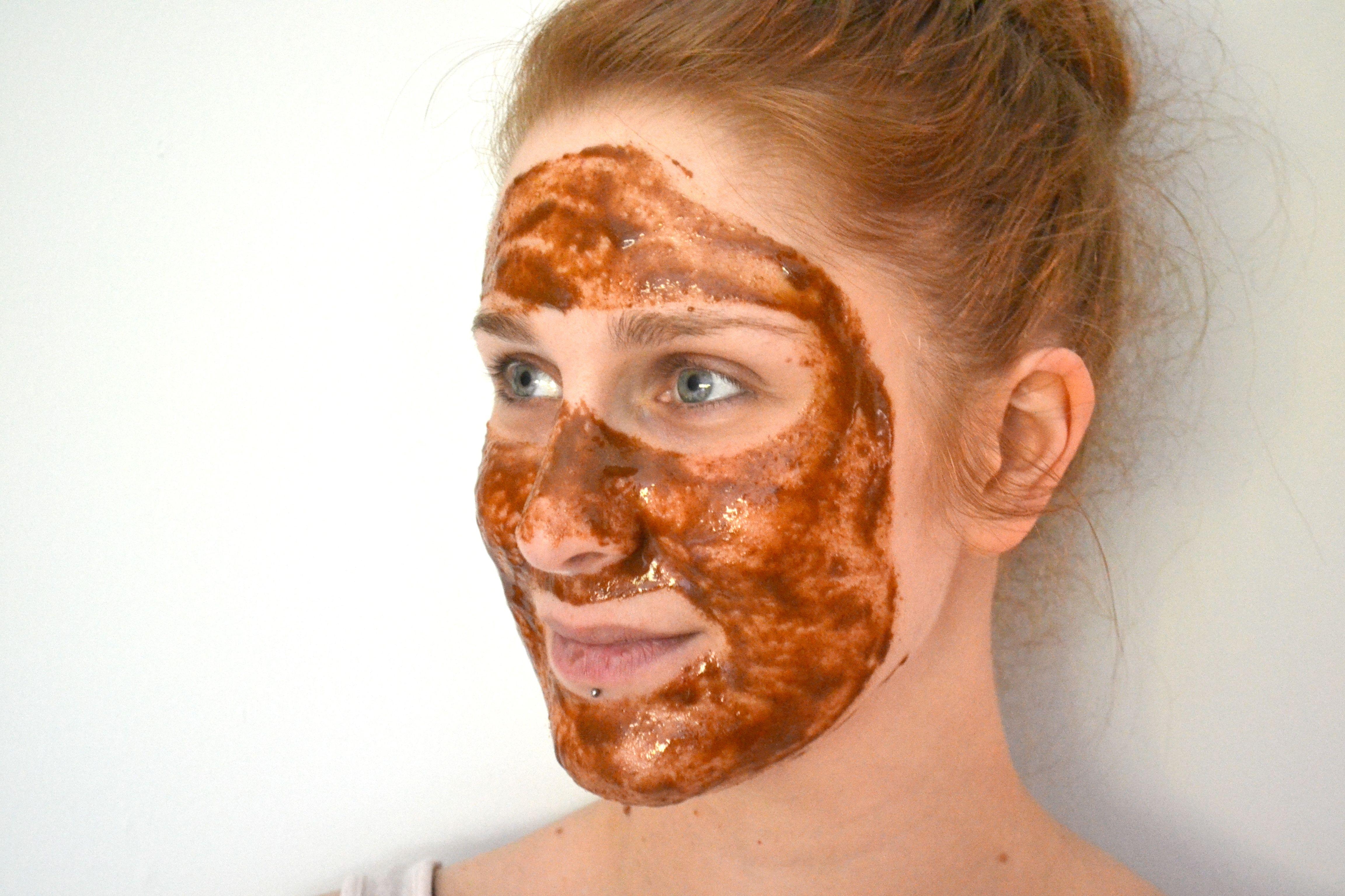 Cinnamon and Honey Mask